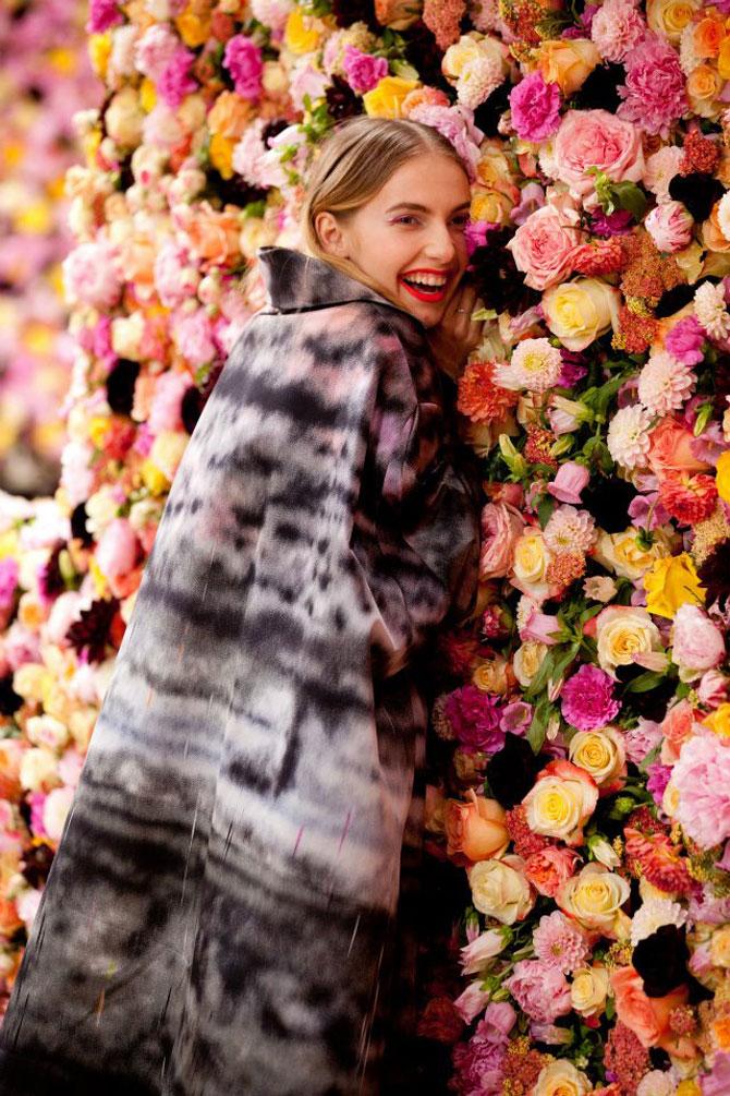 Poza 2 - Un milion de flori pentru Dior