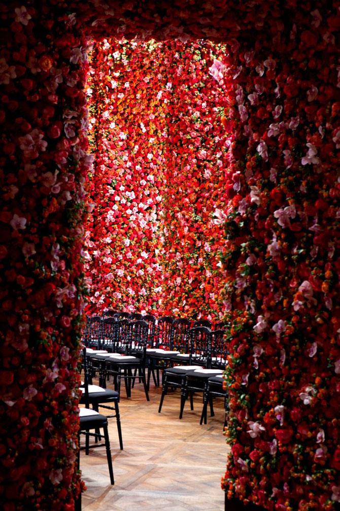 Poza 9 - Un milion de flori pentru Dior