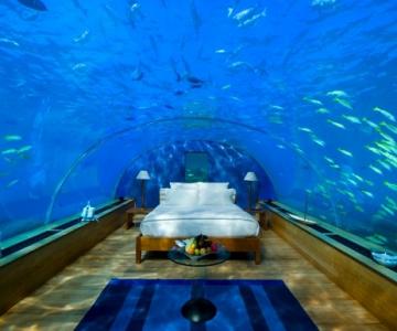 Dormitor fantastic sub oceanul Indian