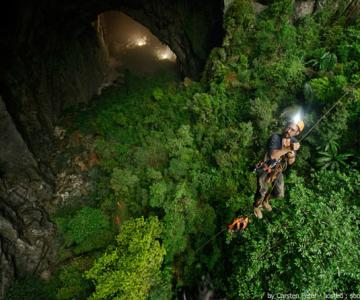 Cea mai mare pestera din lume: Son Doong, Vietnam