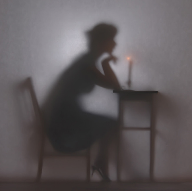 Povestea femeilor-umbre, in poze intrigrante - Poza 1