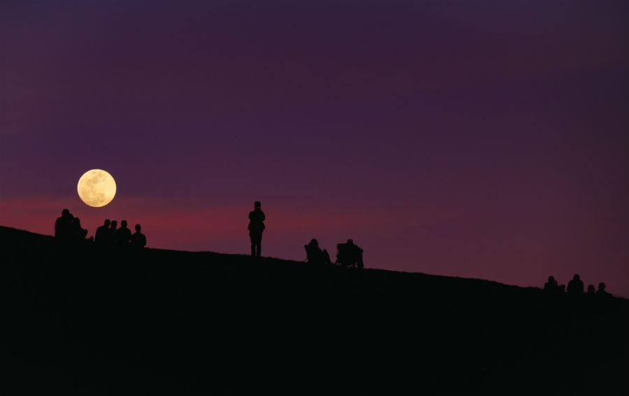 Cele mai frumoase ipostaze ale lunii, in poze superbe - Poza 17