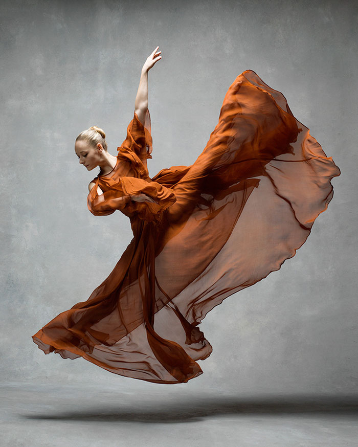 Frumusetea dansului contemporan, in poze superbe - Poza 1