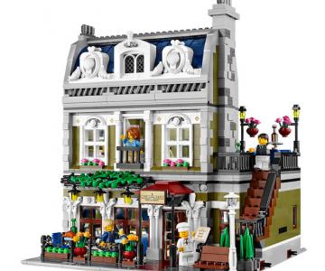 Restaurant parizian din mii de piese LEGO