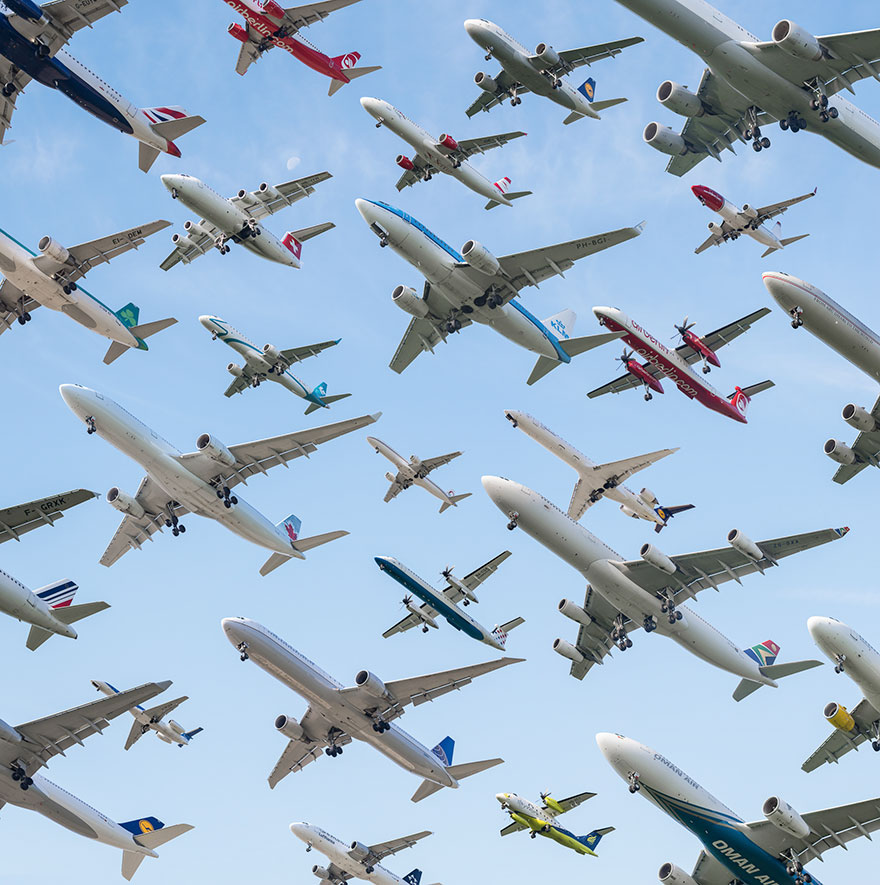 Portrete aeriene: Uimitorul zbor simultan al unor zeci de avioane - Poza 7