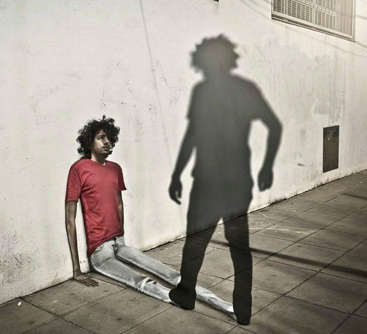 O realitate distorsionata, in poze care ne pun pe ganduri - Poza 15