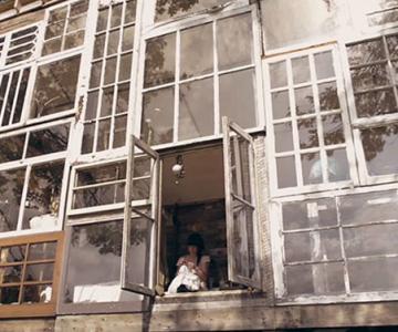 Casa din ferestre, construita de un cuplu