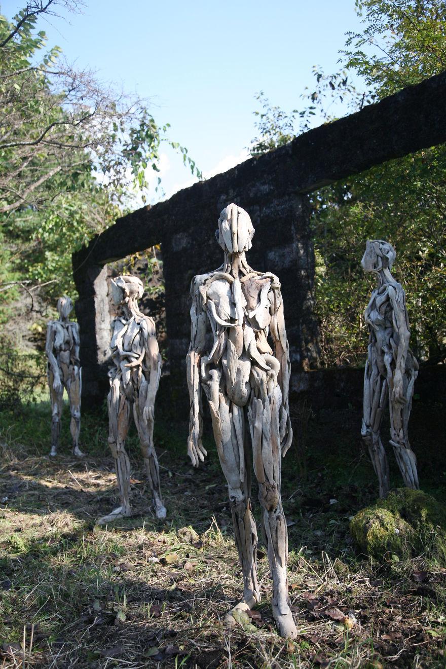 Calatori metamorfozati, de Nagato Iwasaki - Poza 8