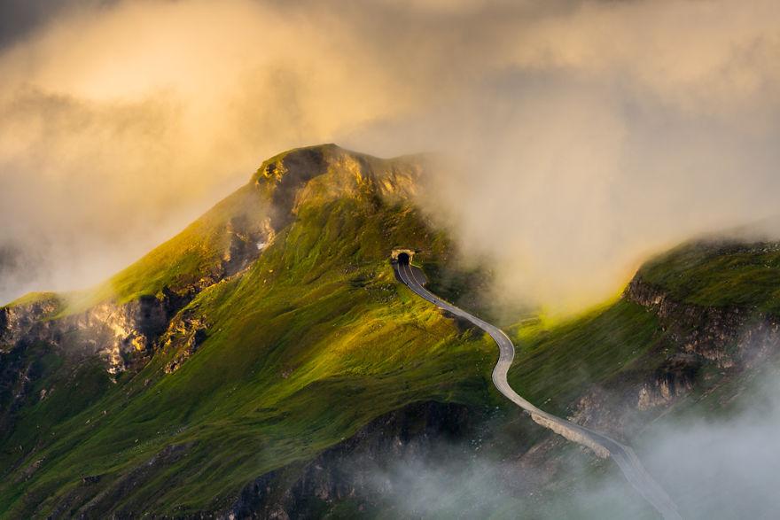 Cel mai frumos drum din inima Alpilor - Poza 1