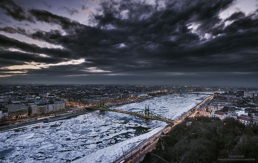 Frumusetea Dunarii inghetate, in poze superbe - Poza 4