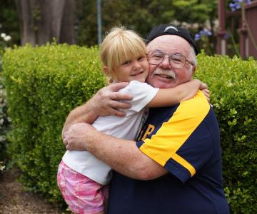 Studiu: Copiii au nevoie de bunici mai mult decat ne putem imagina