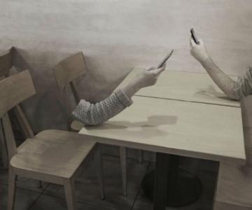 Joaca de-a v-ati ascunselea: Mereu absenti, impreuna cu ceilalti
