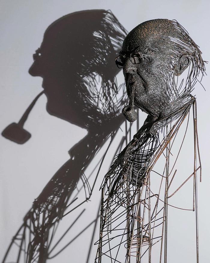 Impresionantele sculpturi din sarma ale lui Darius Hulea - Poza 5