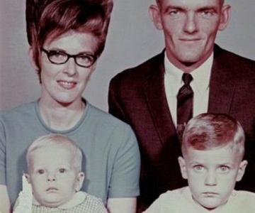 Marimea a contat mereu: Coafuri supradimensionate din anii `60