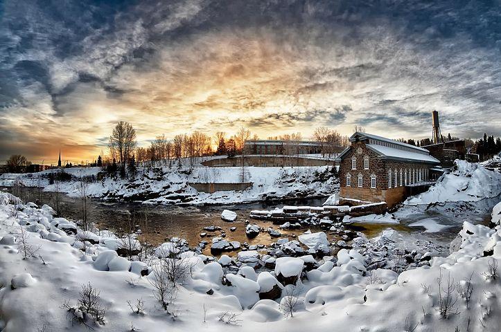 Cele mai frumoase ipostaze ale iernii, in poze sublime - Poza 18