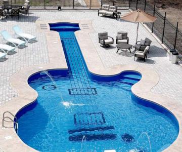 Inotand in chitara Les Paul