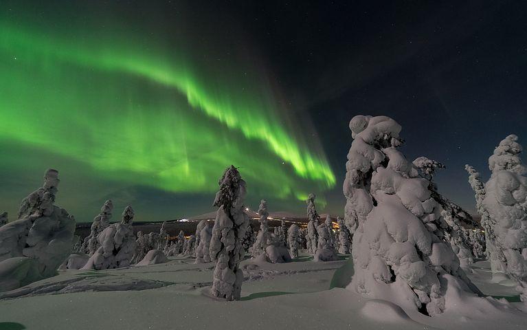 Cele mai frumoase ipostaze ale iernii, in poze sublime - Poza 12