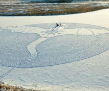 Artisul zapezii: Lasa opere de arta in urma sa, din mers