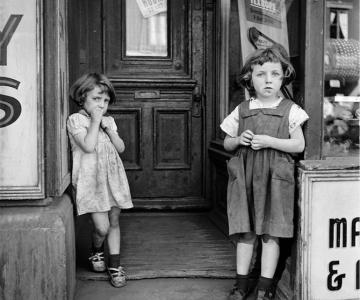 Noi fotografii recuperate, de Vivian Maier