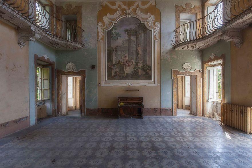 Grandoarea locurilor abandonate - Poza 4