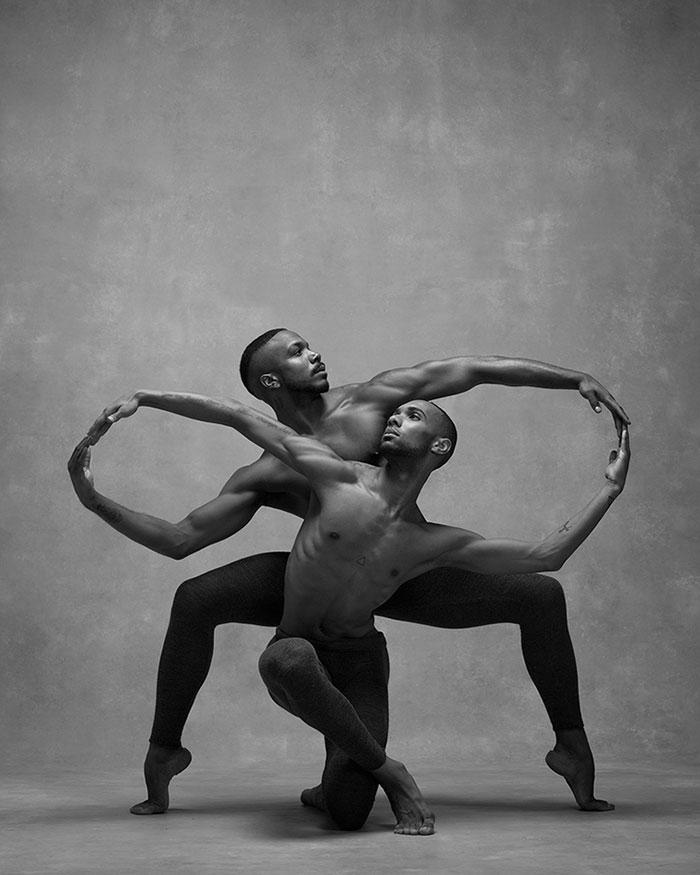 Frumusetea dansului contemporan, in poze superbe - Poza 2