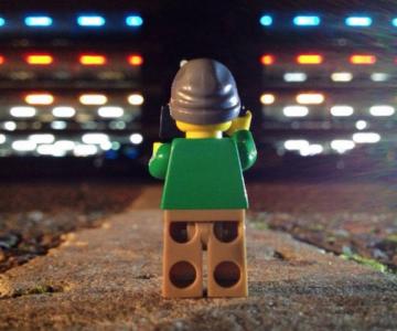 Aventurile unui omulet Lego prin Londra