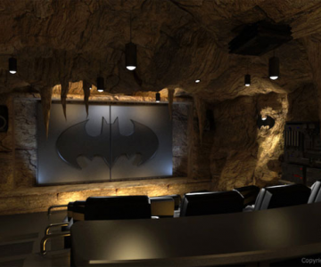 Cinema acasa la cel mai mare fan Batman!