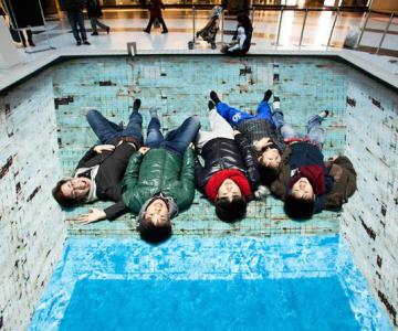 Iluzia optica a unei piscine, de Jeroen Bisscheroux