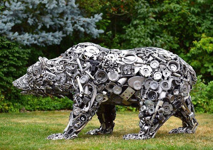 Sculpturi impresionante din bucati de metal vechi - Poza 10