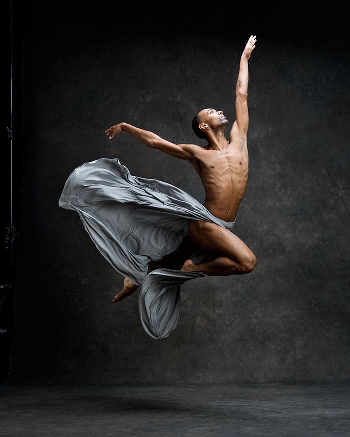 Frumusetea dansului contemporan, in poze superbe - Poza 14
