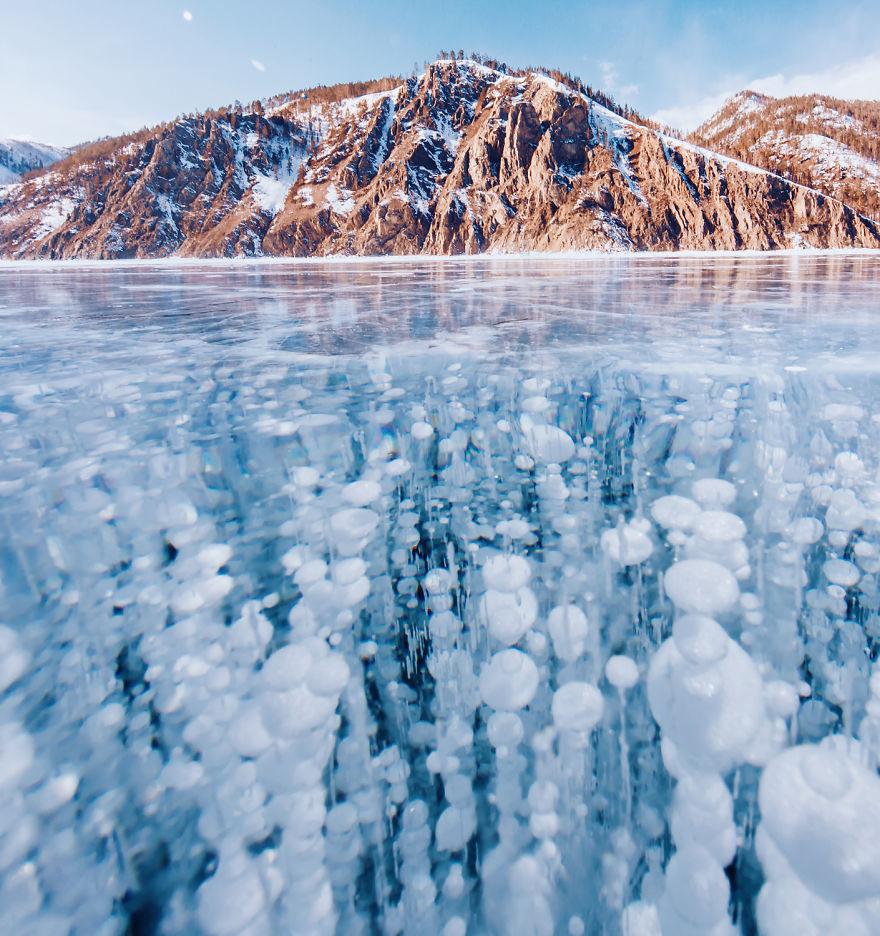 Frumusetea celui mai adanc lac din lume, iarna - Poza 1