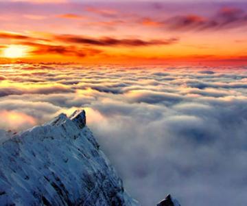 12 fotografii deasupra norilor: zboruri fascinante