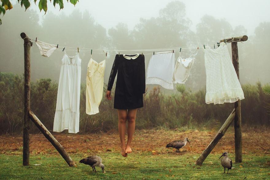 Povestea depresiei, in autoportrete conceptuale - Poza 3