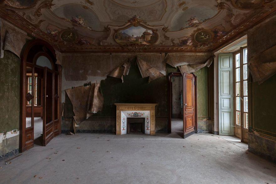 Grandoarea locurilor abandonate - Poza 16