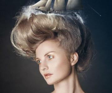 Proiectia viselor in portrete suprarealiste