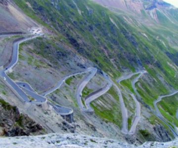 Drumuri spectaculoase din jurul lumii