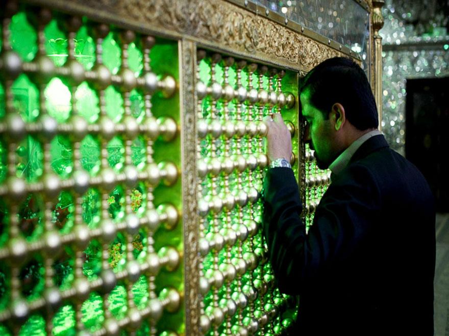 Shah Cheragh: Frumusetea orbitoare a unei moschei - Poza 9