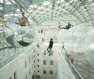 Panza de paianjen pentru oameni, la Dusseldorf