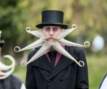 Campionatul masculinitatii: Barbosii si mustaciosii anului 2015