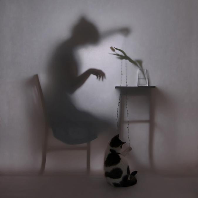 Povestea femeilor-umbre, in poze intrigrante - Poza 5
