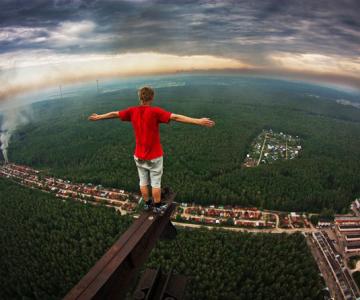 Pe acoperisurile lumii cu Marat Dupri