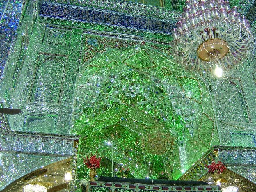 Shah Cheragh: Frumusetea orbitoare a unei moschei - Poza 4