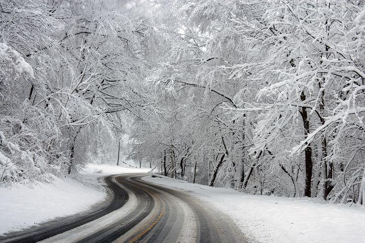 Cele mai frumoase ipostaze ale iernii, in poze sublime - Poza 4