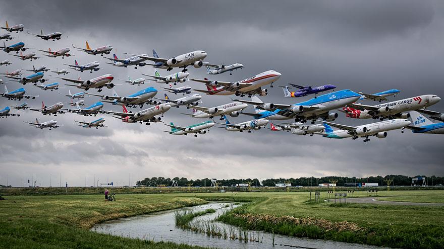 Portrete aeriene: Uimitorul zbor simultan al unor zeci de avioane - Poza 6