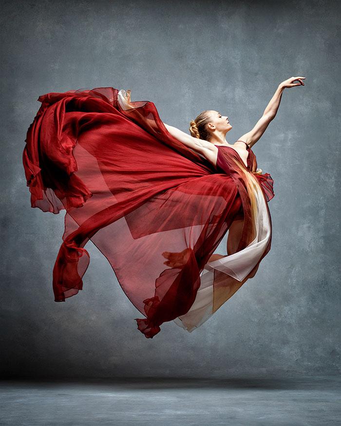 Frumusetea dansului contemporan, in poze superbe - Poza 12