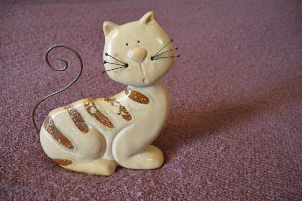 Ce-ti transmite pisica prin pozitia cozii - Poza 2