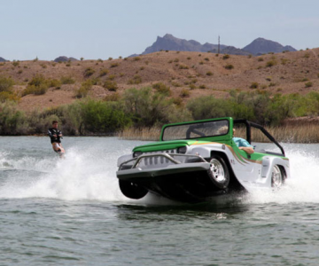 Cel mai rapid vehicul amfibie: Watercar Panther
