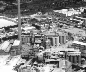 O fosta fabrica de ciment...