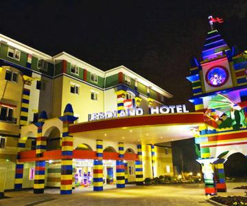 Hotelul din LEGO