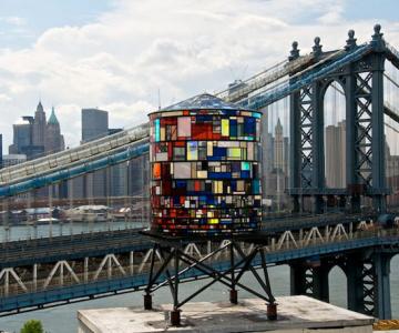 Turnul de apa cu vitralii din Brooklyn